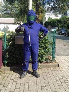 arbeitsschutzkleidung-wespenbekaempfung