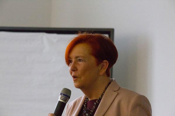 Frau-Bärbel-Holl-1-Vorsitzende